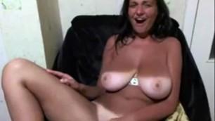 Hot Busty Amateur Girl Friend on Webcam