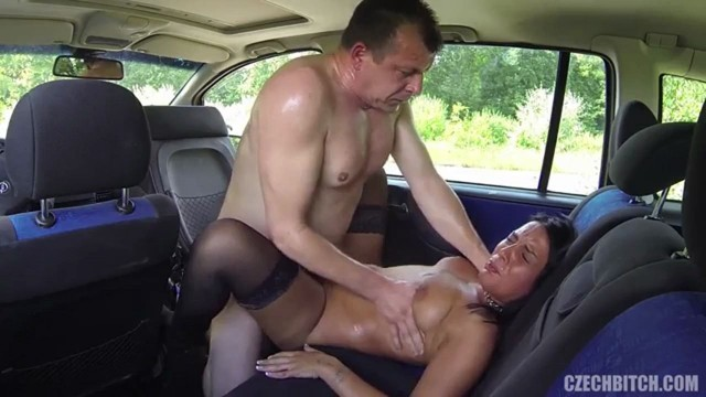 whore fuck in car